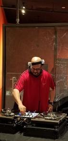 MITBotsBeer3-DJ
